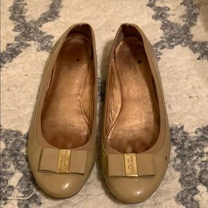 Kate Spade nude patent leather bow ballet flats